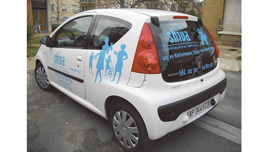 Décoration adhésive côtés et arrière voiture citadine